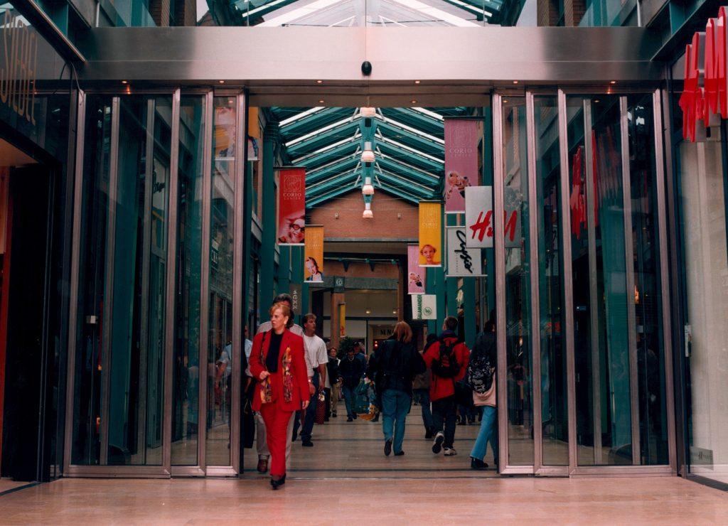 winkelcentrum schuifdeur2