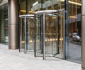 The Helicon London Office buildings · featured-Buckingham : revolving doors - pezcame.com